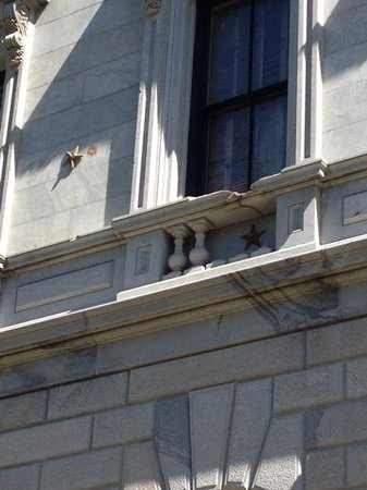 South Carolina State House: Stars denote where cannon balls hit the building