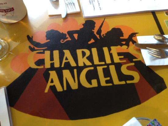 Cafe This Way : The Charlie's Angels Table!