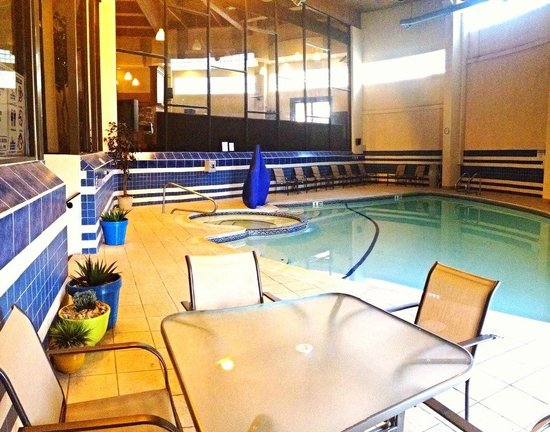 BEST WESTERN Bordentown Inn: Enjoy a day at our indoor pool- open year round!