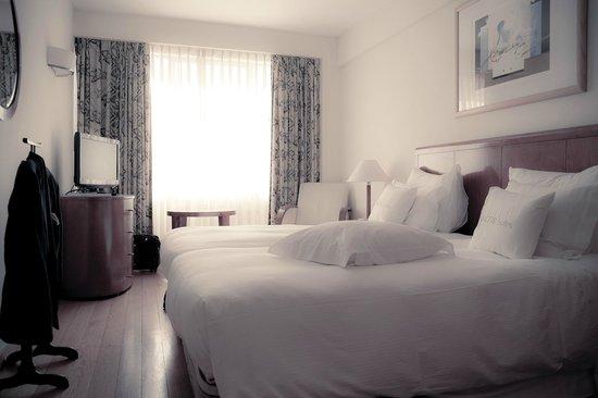 Altis Suites: Bedroom