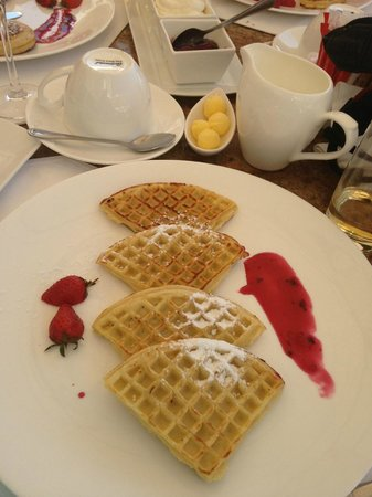 Beverly Hills : Waffles - yum
