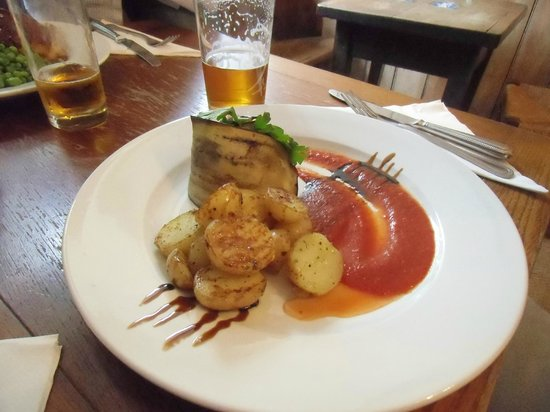 Drewe Arms: Courgette swirl with delicious sauce