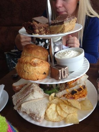 Heaven Scent: afternoon tea