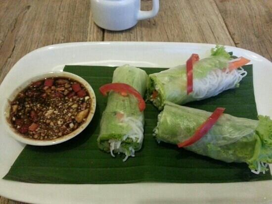 Koi Mahakam: Vietnamese spring rolls