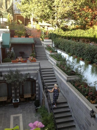 Rose Garden Suites Istanbul: Dining area