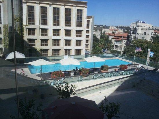 Grand Court Hotel: Piscine