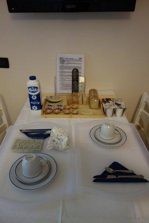 Miltontre : Breakfast in the room