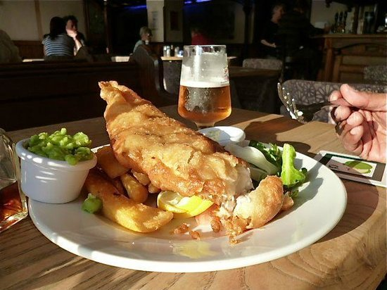 The Anglesey Arms: Delicious Fish and Chips
