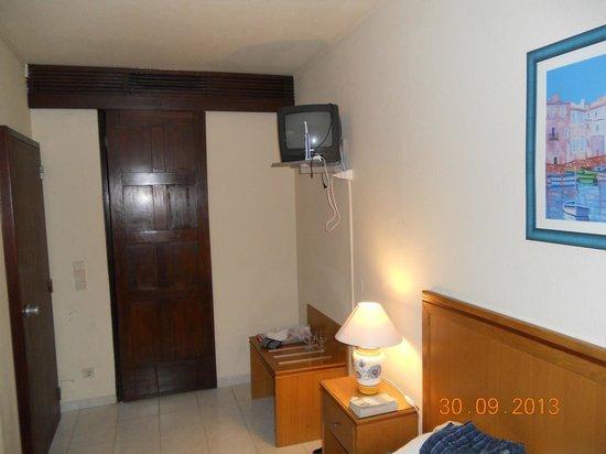 Auramar Beach Resort : room entrance