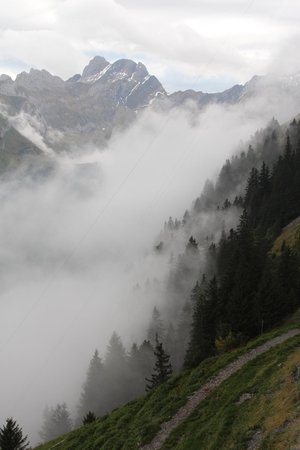 Weissbad, Suisse : More clouds from Mt Santis