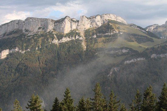 Weissbad, Suisse : Sunshine from Mt Santis