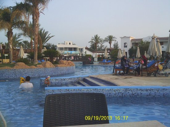 Hilton Sharm Dreams Resort : Pool View