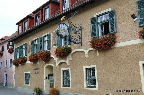 Restaurant Kirchenwirt Wachau: Kirchenwirt Restaurant, Weissenkirchen