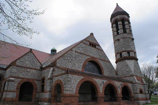 Dartmouth College : the Church