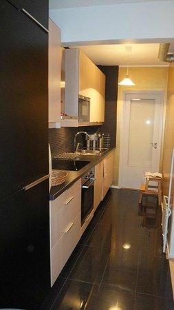 Augusta apartments: キッチン