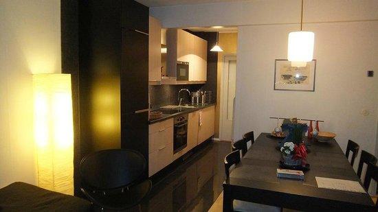 Augusta apartments: キッチン・ダイニング