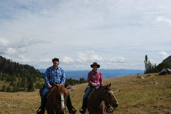 Covered Wagon Ranch: On top of the mountain