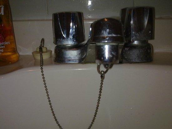 robinet lavabo picture of hotel la maison demers quebec city tripadvisor. Black Bedroom Furniture Sets. Home Design Ideas