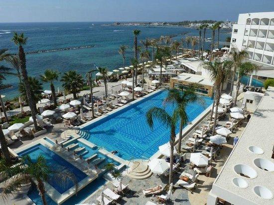 Alexander The Great Beach Hotel: Blick vom Balkon von Zimmer 355