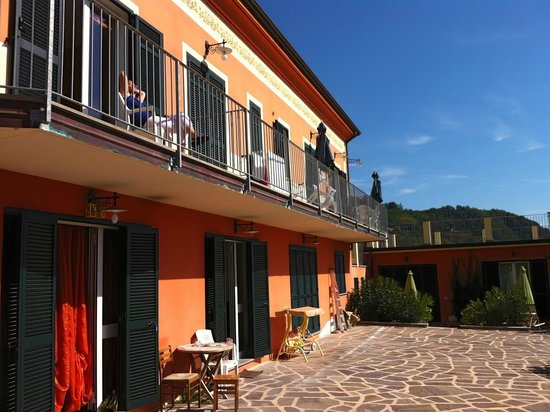 Residence Olivium : The balcony and terrace