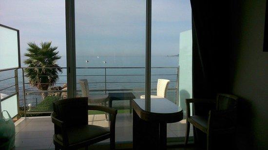 Hôtel Cala Di Sole : Photo prise assise sur le lit