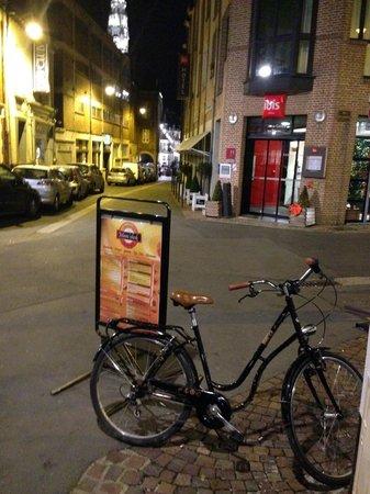 Ibis Arras Centre Les Places: excellent location