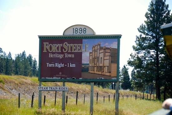 Fort Steele Heritage Town: Do not miss this place.