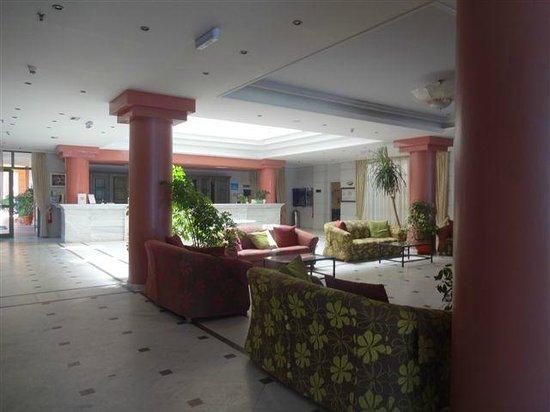 Samaina Inn Hotel : BAR