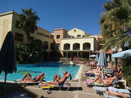 Samaina Inn Hotel: PISCINE