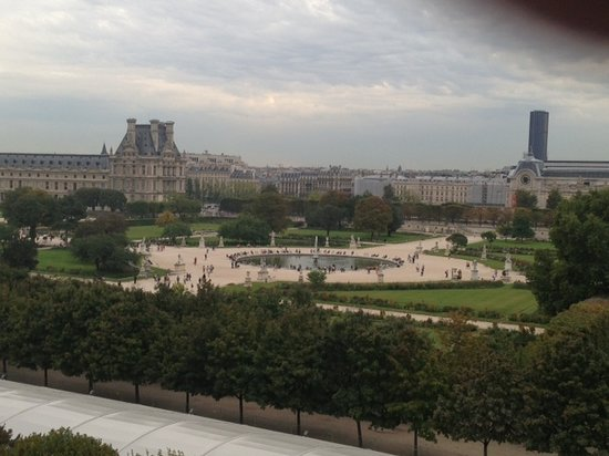 Hotel Brighton - Esprit de France: The Louvre and d'Orsay From Room 409