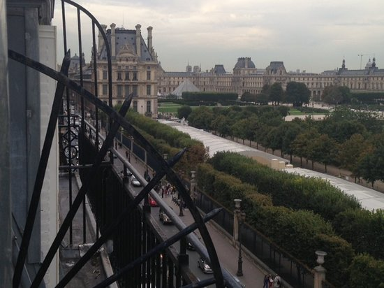 Hotel Brighton - Esprit de France: The Louvre and Tuileries Beyond Rue de Rivoli