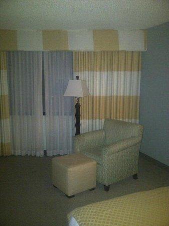 DoubleTree Denver Aurora: Room