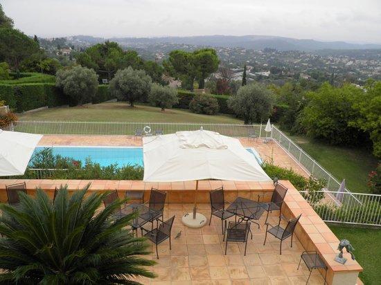 Villa St Maxime : From the balcony (sea view room)