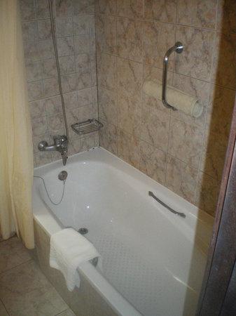 bath picture of hotel paraiso de albufeira albufeira tripadvisor