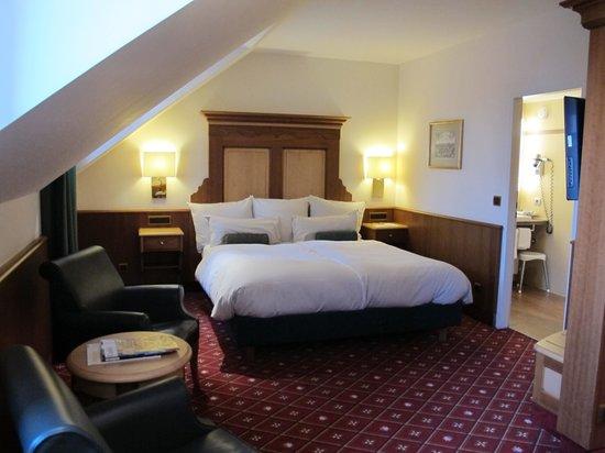 Platzl Hotel: Room 505 - street side double room.