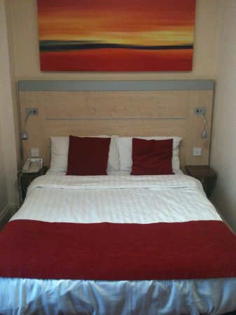 Comfort Inn London - Edgware Road: Bed