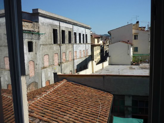 Botticelli Hotel: View out of our window