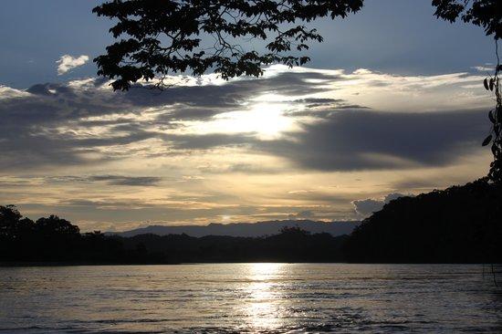 Yachana Lodge: Sunset on the Rio Napo