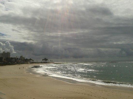 Marano Hotel : praia em frente ao hotel pela manhã
