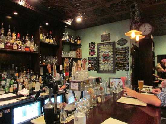 Magpie: A Great Atmosphere