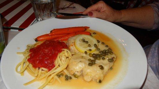 Garlic Mike's Italian Cuisine: Chicken Cacciatore