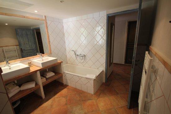 Hôtel le Goéland : Salle de bain