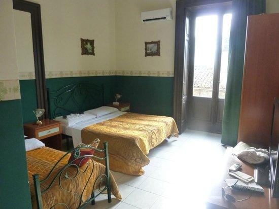 Hotel Biscari : camera