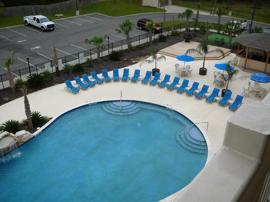 Holiday Inn Dothan: Balcony view of pool area