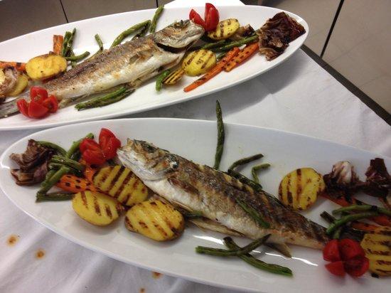 nuovo bar ristorante apollo: Branzino grigliato con verdue Apollo 72 Porto Garibaldi