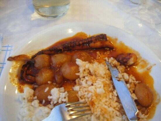 Pefko Taverna : best octopus stifardo ever!