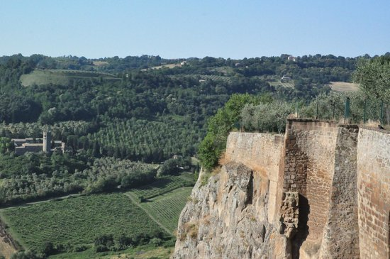 B&B Michelangeli : From the top of the hillside Orvieto