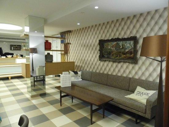 The Embassy Hotel Tel Aviv : Dining room