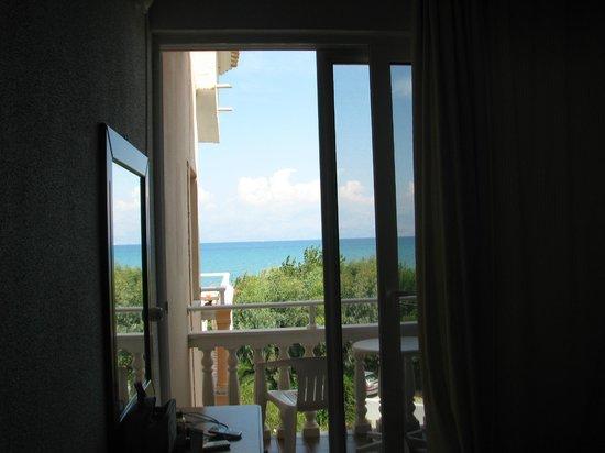 Angela Beach Hotel: widok z pokoju