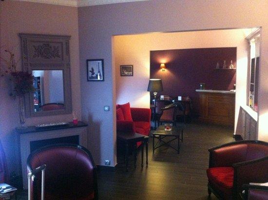 Hotel Donjon Vincennes: Lobby